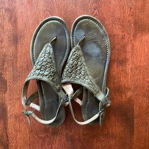 Frye Shoes Sage Cut Slide Sandals Size 7 Poshmark